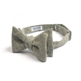 Olive Linen Chambray Bow Tie: Featured Image