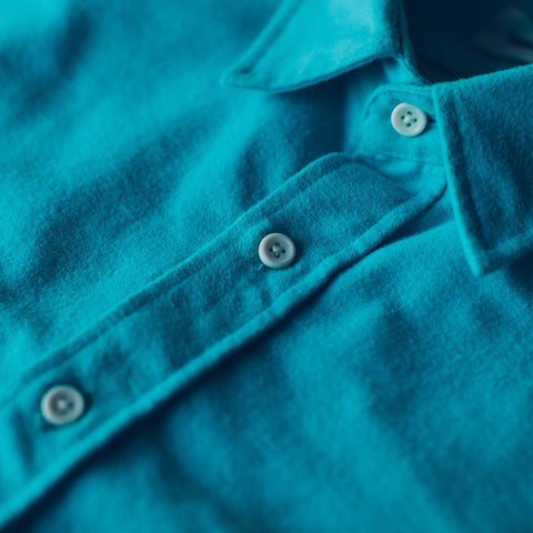 The Yosemite Shirt in Turquoise - alternate view