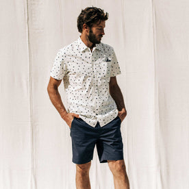 our fit model wearing The Short Sleeve Hawthorne in Brush Dot
