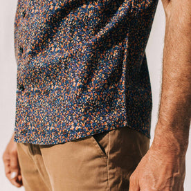 our fit model wearing The Short Sleeve Hawthorne in Flower Field