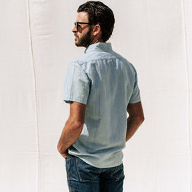 our fit model wearing The Short Sleeve Jack in Sun Bleached Linen
