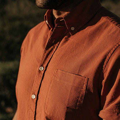 our fit model wearing The Short Sleeve Jack in Terracotta Oxford