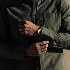 our fit model wearing The Jack in Olive Slub Chambray—cropped shot of chest