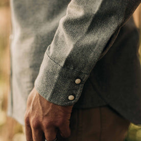 our fit model wearing The Western Shirt in Olive Melange—wrist detail