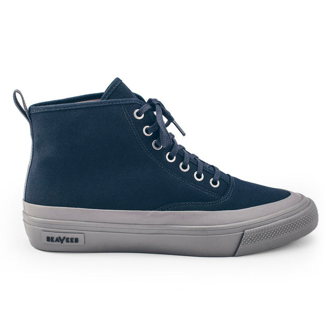 The Mariners Boot in Navy