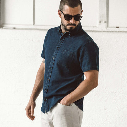 Our fit model wearing The Short Sleeve Jack in Mini Indigo Waffle.