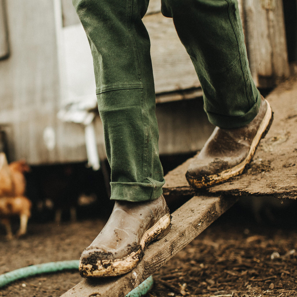 The Chore Pant In Dark Olive Boss Duck