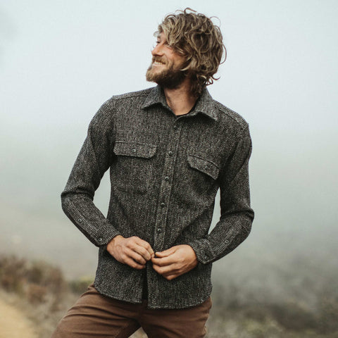The Summit Shirt in Heather Charcoal Waffle - alternate view