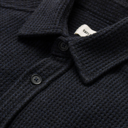 The Summit Shirt in Heather Navy Waffle: Alternate Image 6