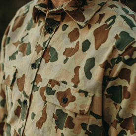 A close up of our fit model wearing the Yosemite in Camo