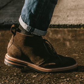 Our fit model wearing The Chukka in Loden Suede.
