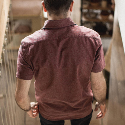 The Short Sleeve California in Burgundy Hemp: Alternate Image 2