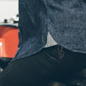 The Utility Shirt in Swift Mills Denim: Alternate Image 6