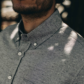 our fit model wearing The Jack in Charcoal Fleck—cropped shot of collar