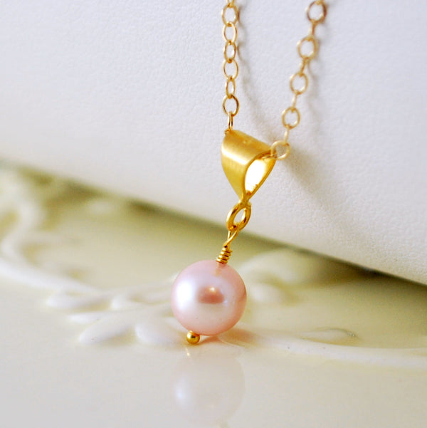 Drop Pearl Necklace in Gold with Pink and White Pearls