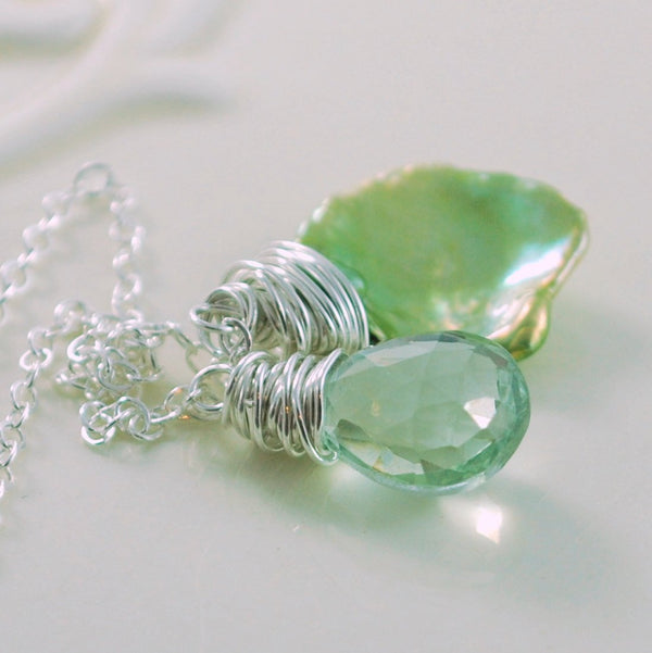 Minimalist Gemstone Lariat, Green Amethyst and Keishi Pearl