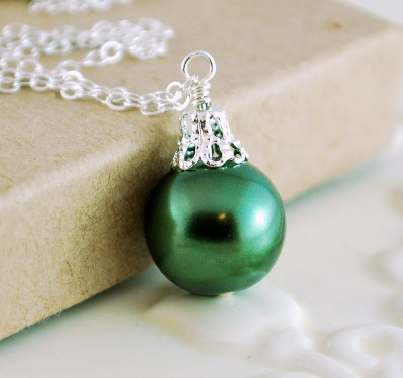 Forest Green Holiday Jewelry with Glass Pearl