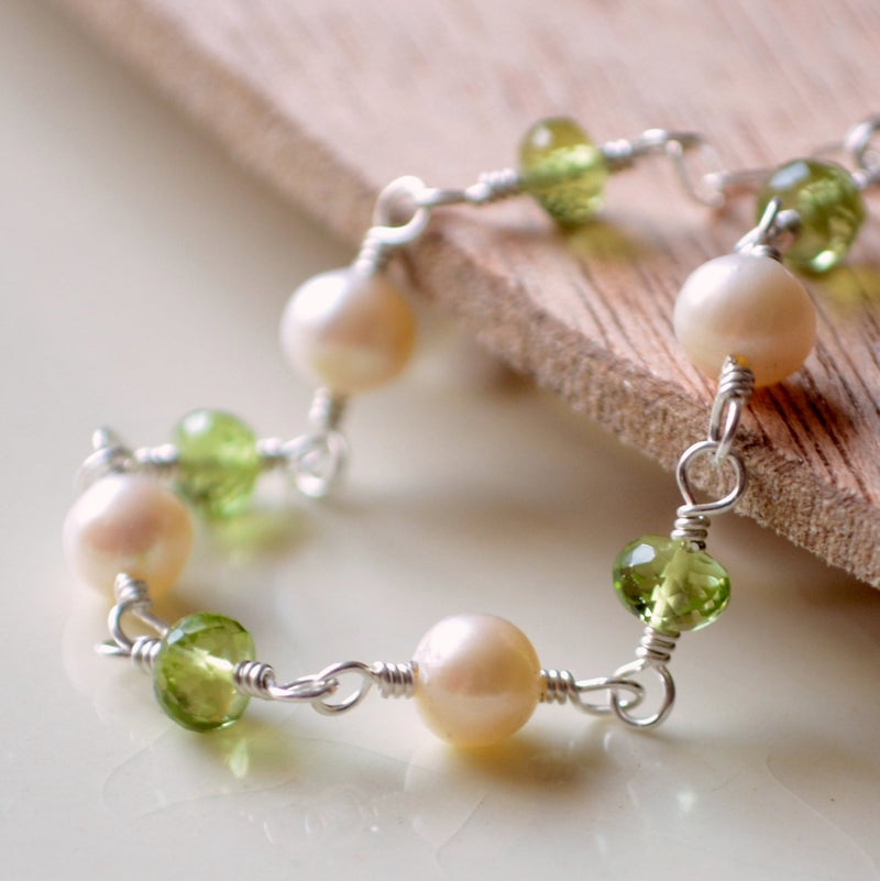 Genuine Peridot and White Pearl Bracelet