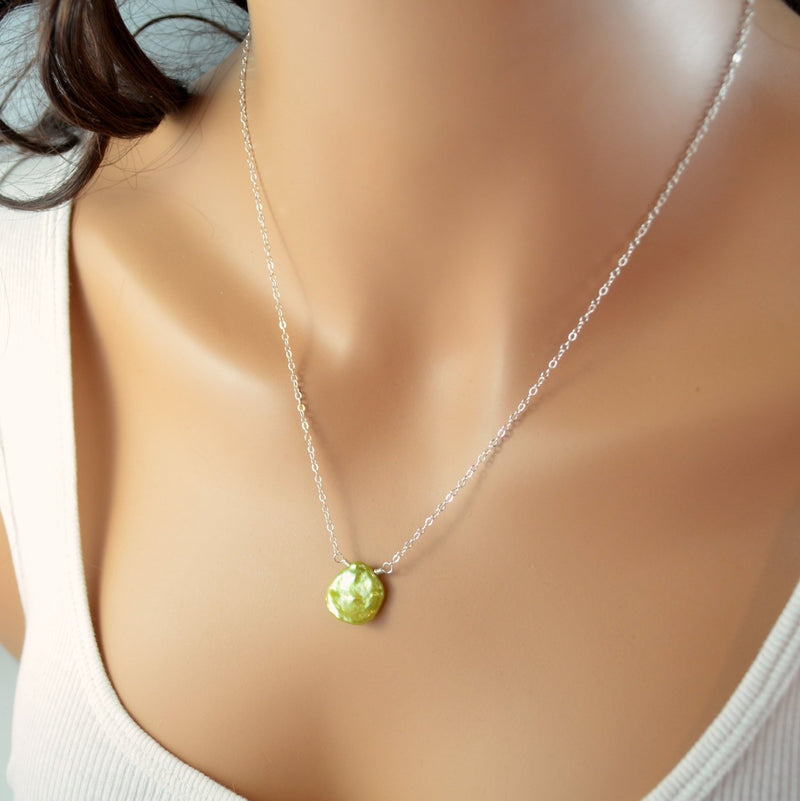 Apple Green Necklace with Keishi Pearl