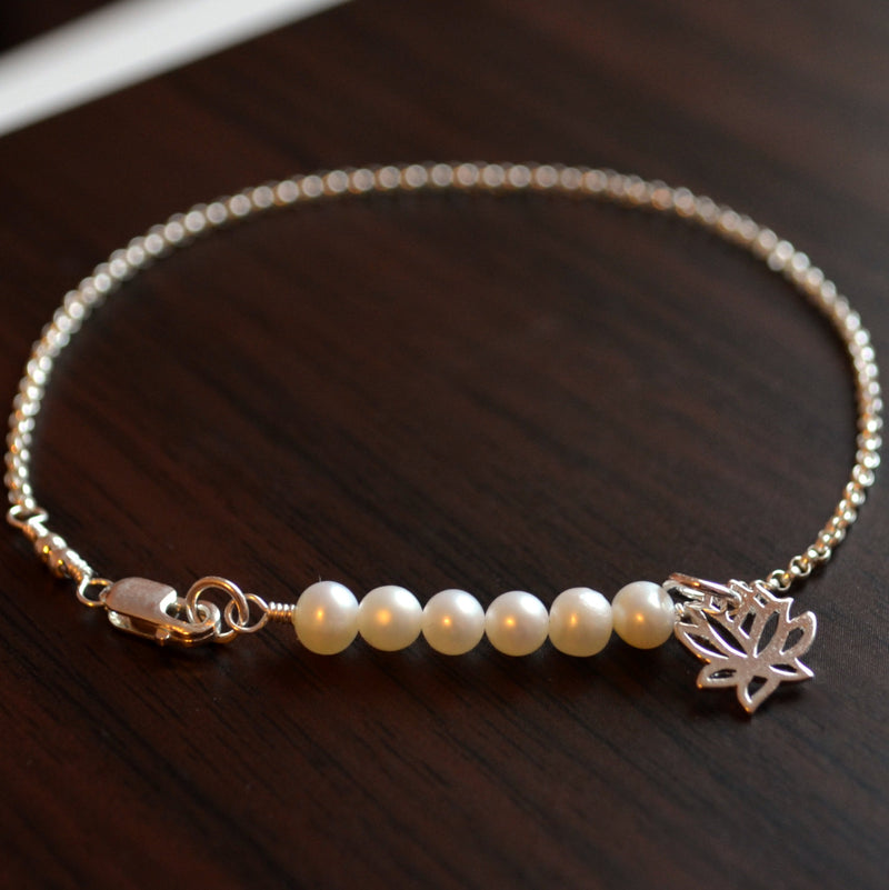 Simple Pearl Row Bracelet for Tweens