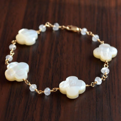 Mother of Pearl Bracelet with Rainbow Moonstone