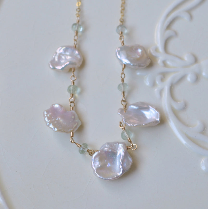 Keishi Pearl Necklace with Green Amethysts in Gold or Silver
