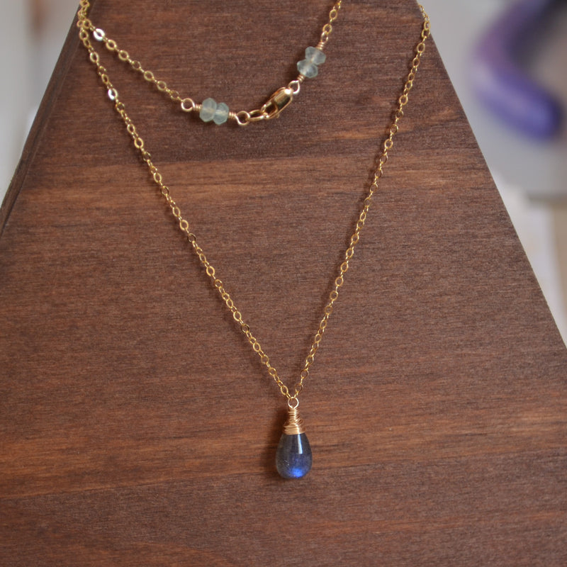 Simple Labradorite Teardrop Necklace in Gold