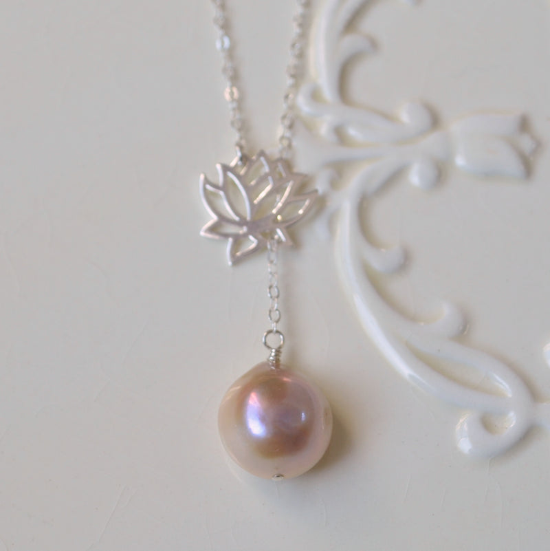 Pearl Lariat Necklace with Lotus Flower