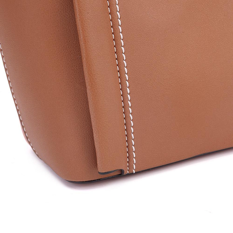 Studded topstitching faux leather 2-in-1 bag in Tan