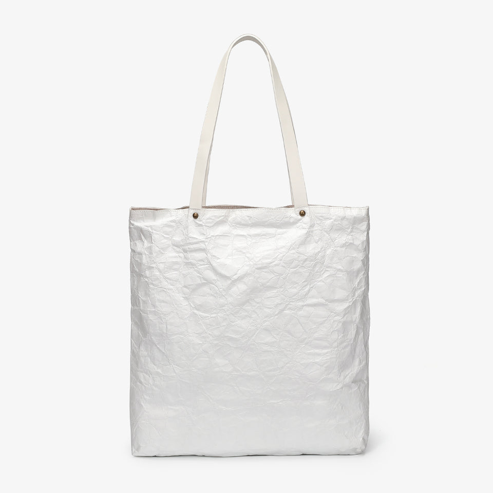 Creased PU leather shopper bag in white