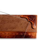 Load image into Gallery viewer, Leather Challah Board With Snaps & Glass - Brown