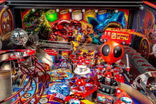 Laden Sie das Bild in den Galerie-Viewer, Deadpool LE Flipper