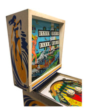 Laden Sie das Bild in den Galerie-Viewer, Surf Champ Flipper