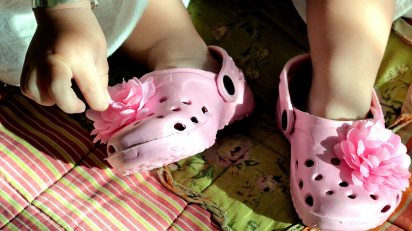 shoe sizing differences usa vs europe crocs pink