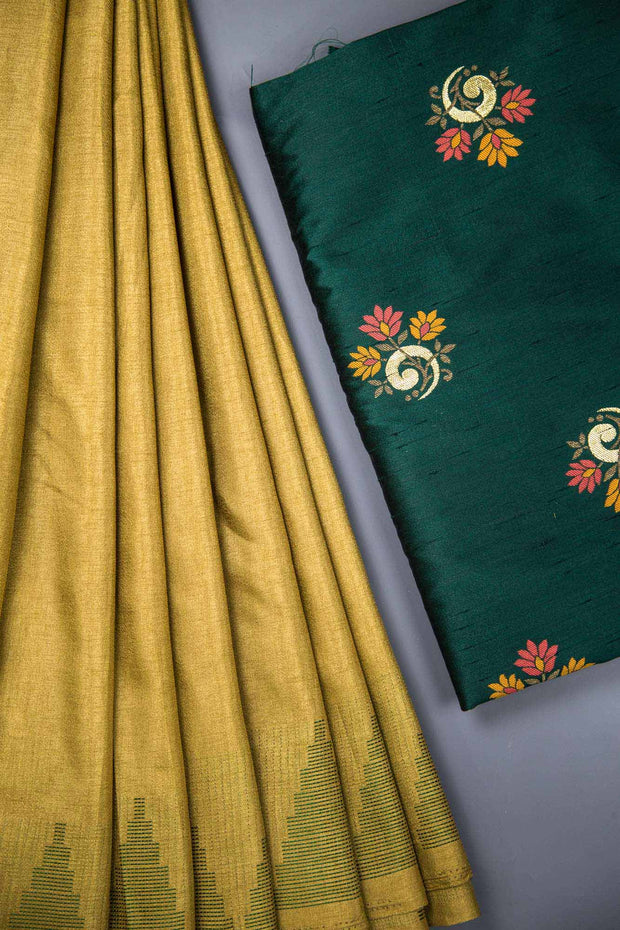 Poly Silk Fabric Saree With Banaras Blouse Set