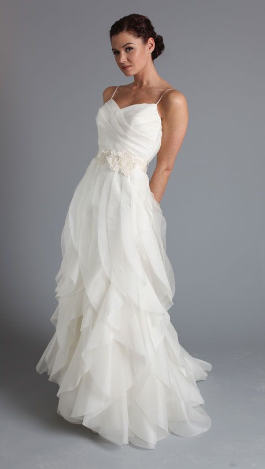 White Wedding Dresses,Long Wedding Gown,Ruffled Wedding Gowns,Tulle ...