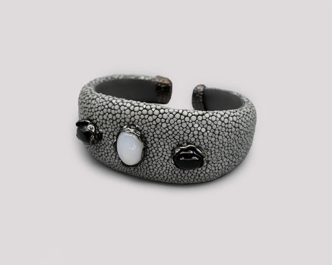 Wide Stingray Cuff