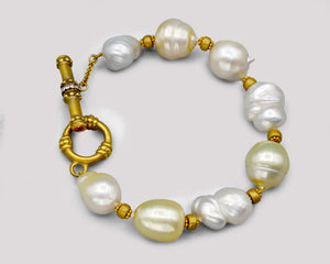 Baroque South Sea Pearl Toggle Bracelet - 18k