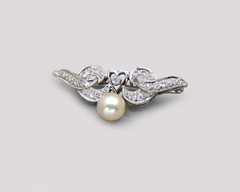 Diamond Pin With Pearl Drop