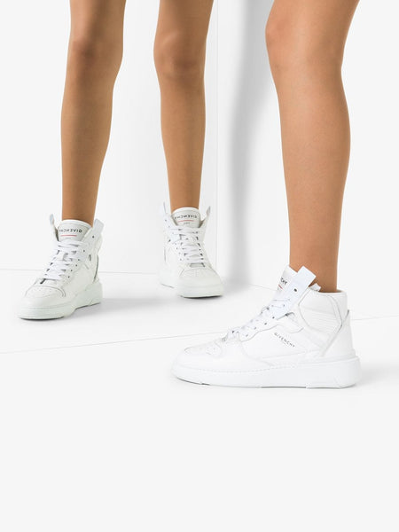 Hi-Top Wing Basketball Sneakers - model legs