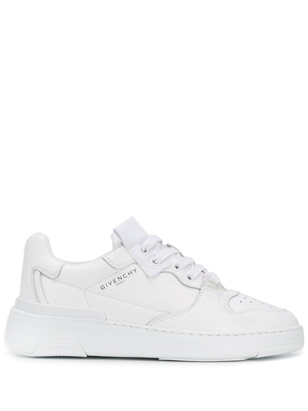 Wing Low-top Sneakers