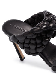 The Curve Sandal - Black Detail