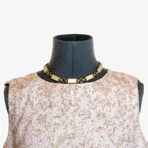Collar y pendientes dorado nacar Yves Saint Laurent