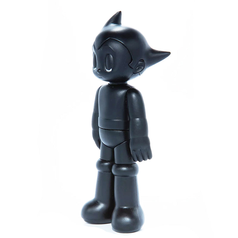 PVC Astro Boy Black (Closed eye)