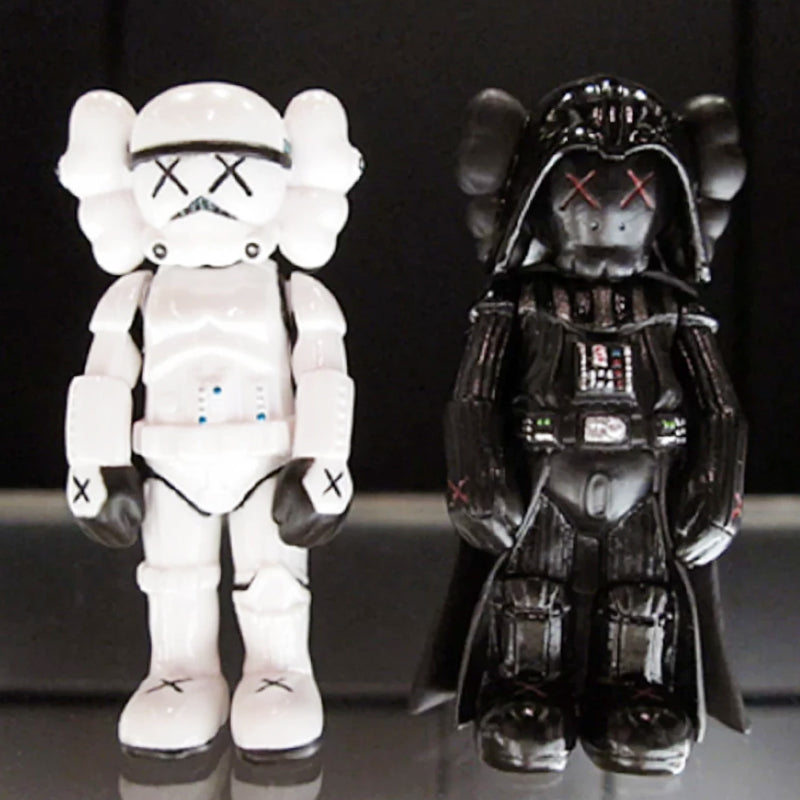 KAWS x STAR WARS KEYCHAIN SET of 2
