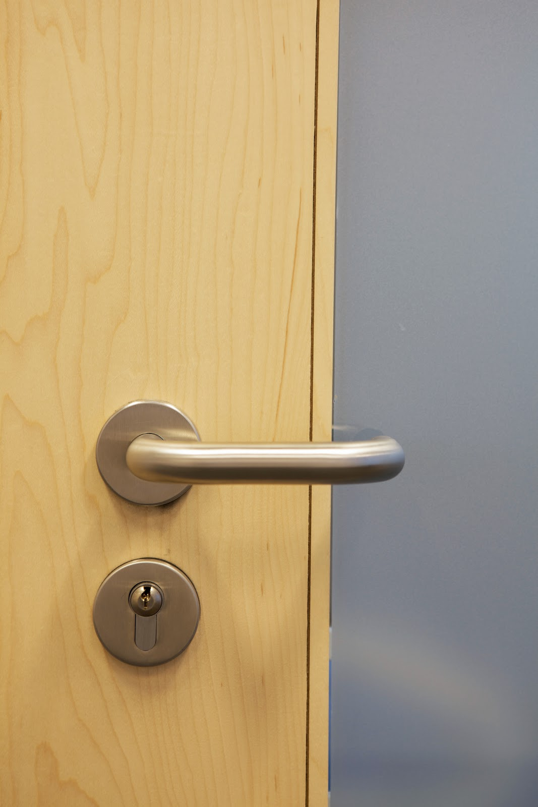 Classroom door handle