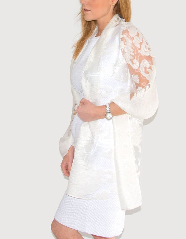 an image showing a lace panel pashmina in cream