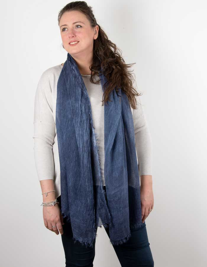 an image showing a navy marl scarf