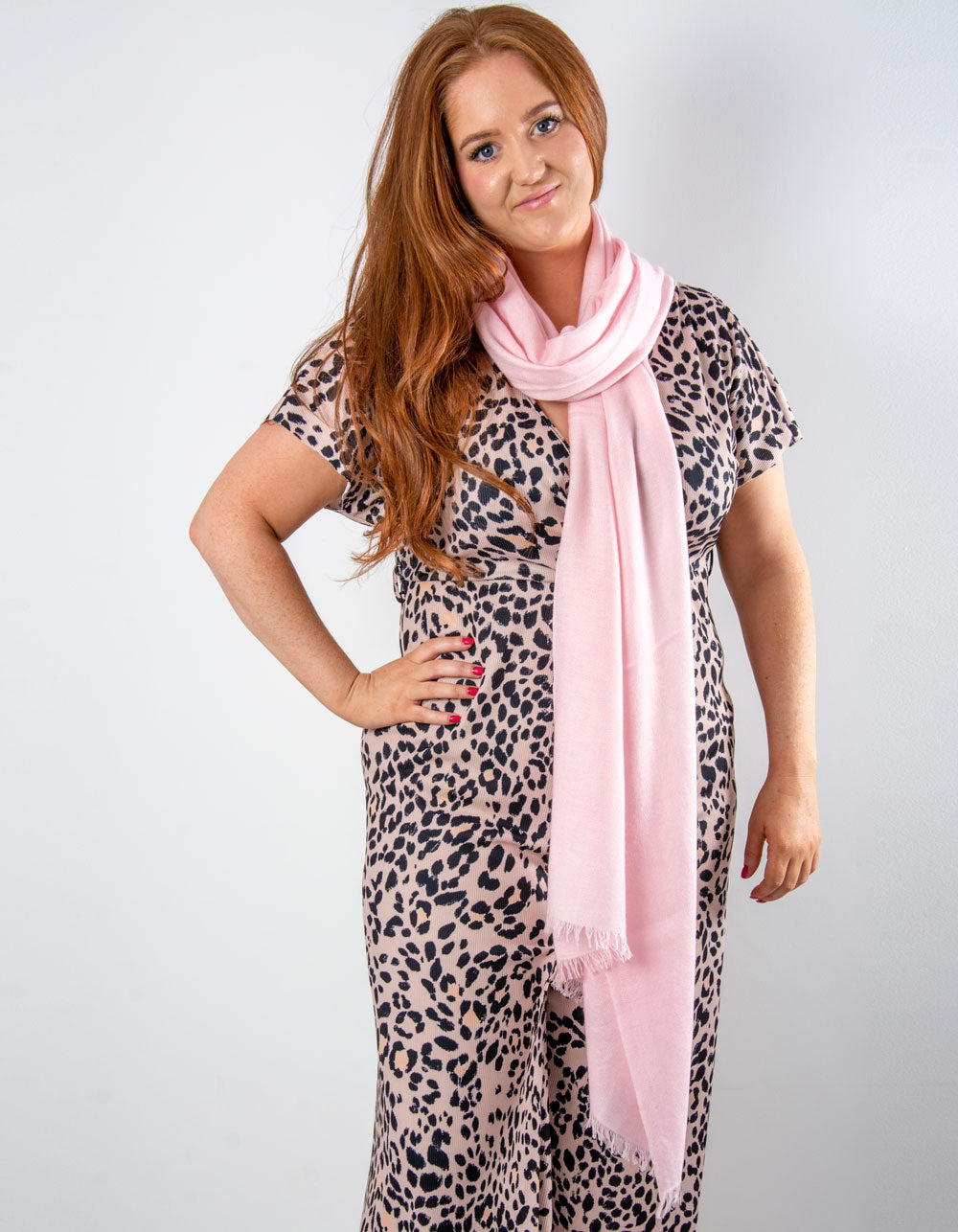 an image showing a cashmere wedding pashmina in pink