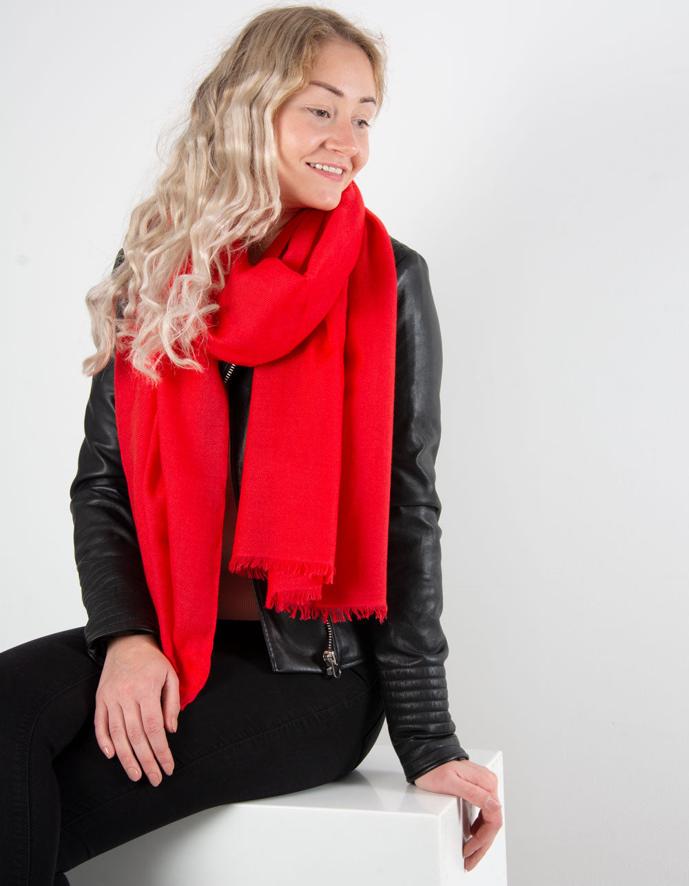 an image showing a pure cashmere pashmina in RED